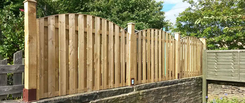 New garden fence as part of our building maintenance work
