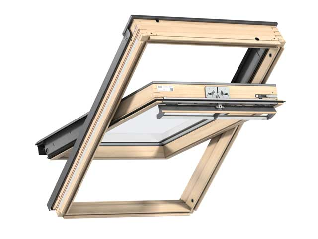 image of VELUX GGL clear lacquer centre-pivot roof window
